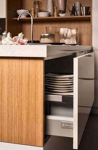 Cocina Delta mod. Luxe Albero - Detalle de caceroleros extraibles