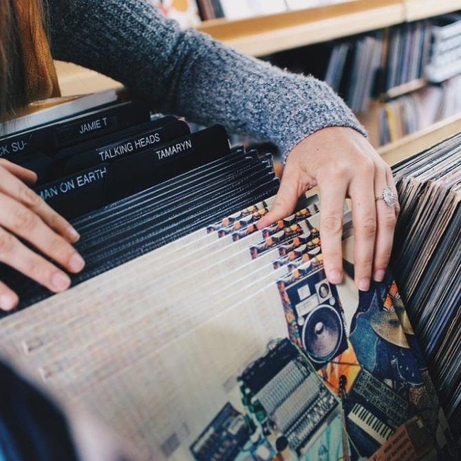 ¿Por qué enmarcar carátulas de discos de vinilo?