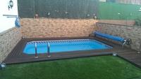 Tarima de IPE en perímetro de piscina