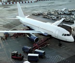 Aeropuertos- Puertos - Estaciones