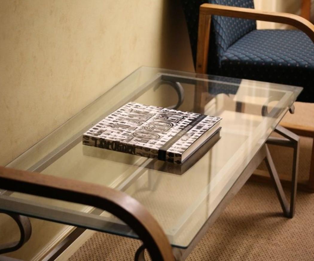 Cómo mantener limpia una mesa de vidrio