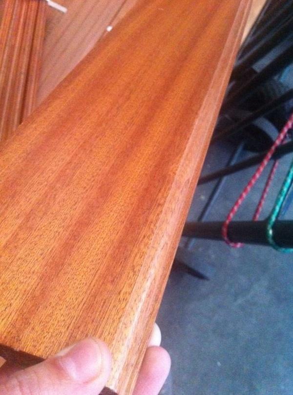 OFERTA zocalo o rodapie macizo madera de Elondo  suministro a toda España