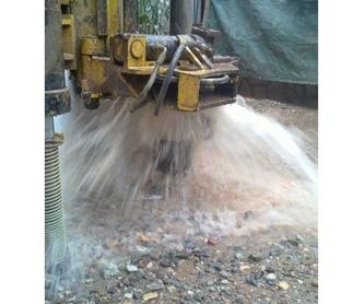 Instalación de bombas de agua : Servicios de Perforacions Pla de I'Estany