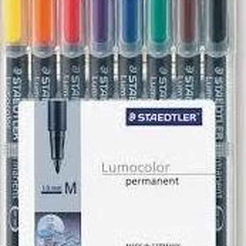 Rotulador permanente Staedler Lumocolor. Estuche de 8 colores surtidos STAEDLER.