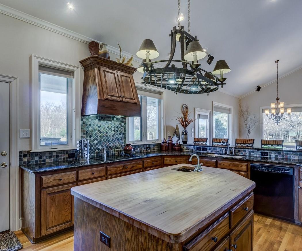 Las ventajas de tener una isla en la cocina