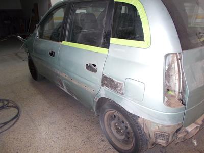 Todos los productos y servicios de Reparaciones de Chapa y pintura en vehículos: Planxisteria i Pintura Les Gavarres S.L