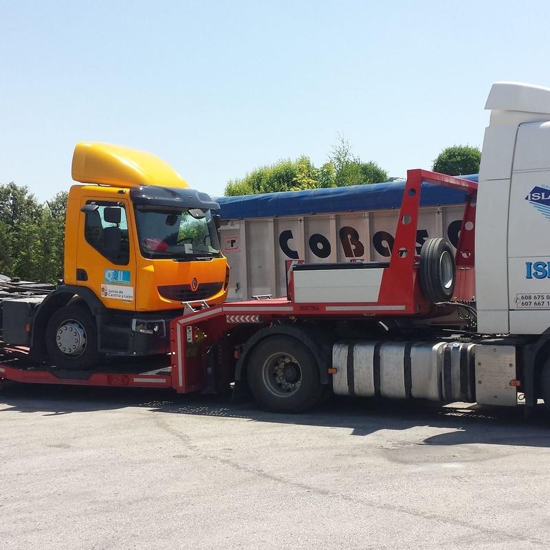 Grúas para vehículos industriales: Servicios de Isla Grúas