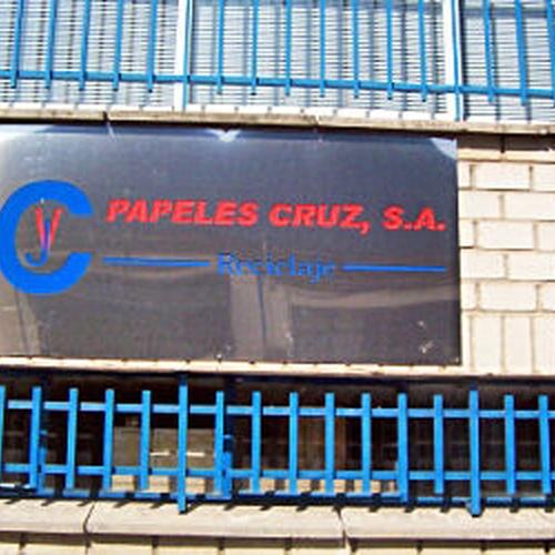 Reciclaje de papel y cartón en el centro de Madrid | Papeles Cruz
