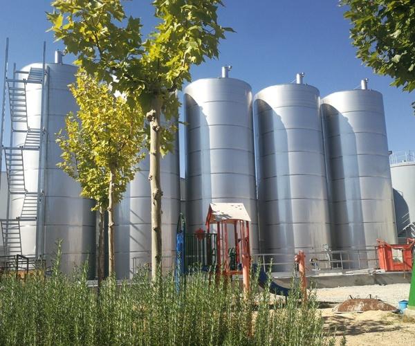 Construcción de naves en Castilla La Mancha: Servicios Inoxidables Albacete