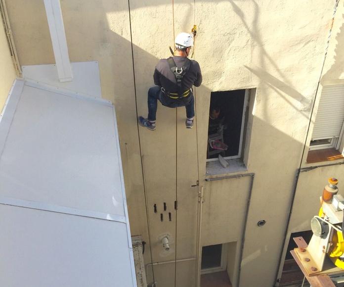 Trabajos verticales: Servicios de Marcos Interiorismo S. L.