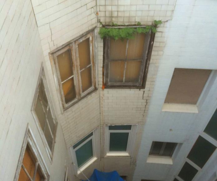 Refuerzo de fachadas con fibra de vidrio.