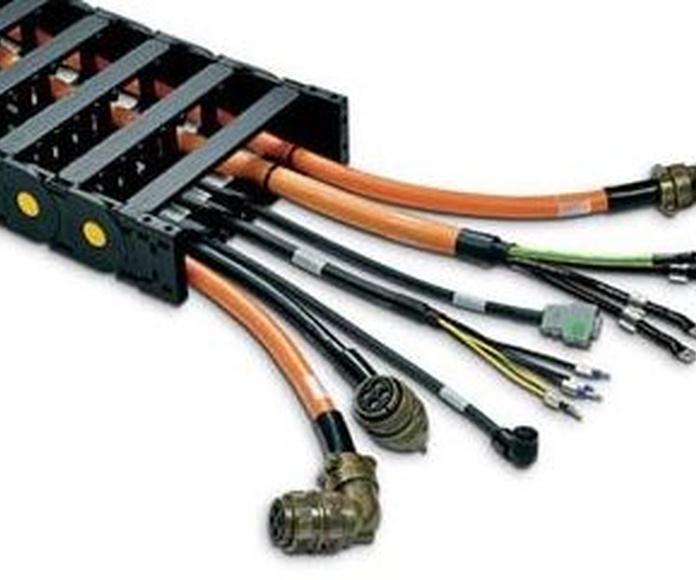Cadena portacables de nylon serie MEDIUM con cables y conectores