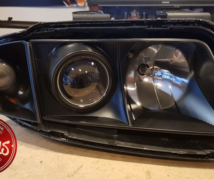Audi S6 - Faros negros