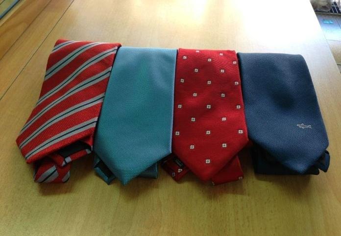 Limpieza de corbatas: Servicios  de Tintorería Anubis