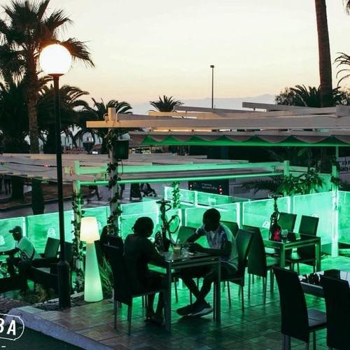 Bar de copas con maravillosas vistas al mar en Costa de Adeje