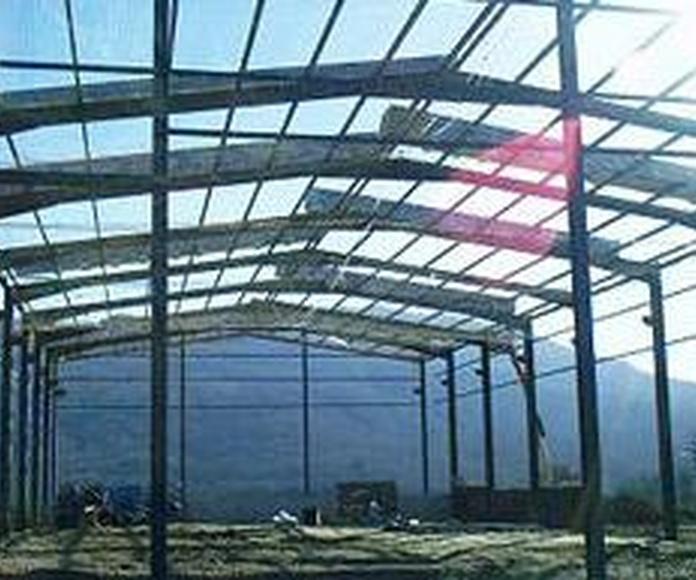 Estructuras metálicas: Productos  de Talleres Calvo y Bogaz, S.L.U.