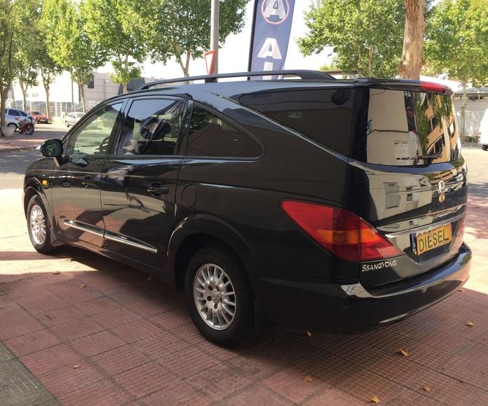 SSANGYONG Rodius 270Xdi Premium 5p: Servicios de Gesercar