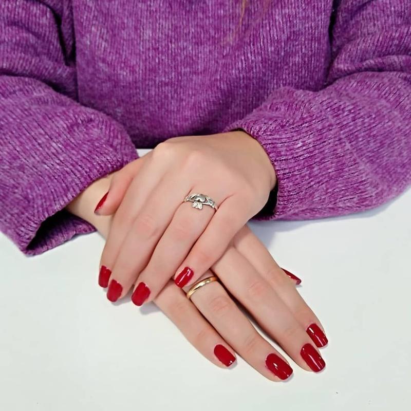 Manicura Express Tradicional: Servicios de Trendy Nails