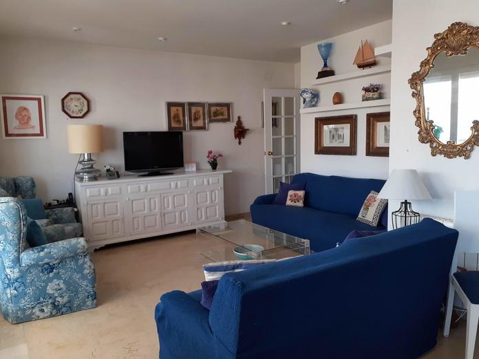 Un piso para una gran familia.: Inmuebles en venta de ALGAMAR IMMOBLES S.L.