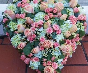 Floral bouquets: Florist de El Jardín de Charlotte
