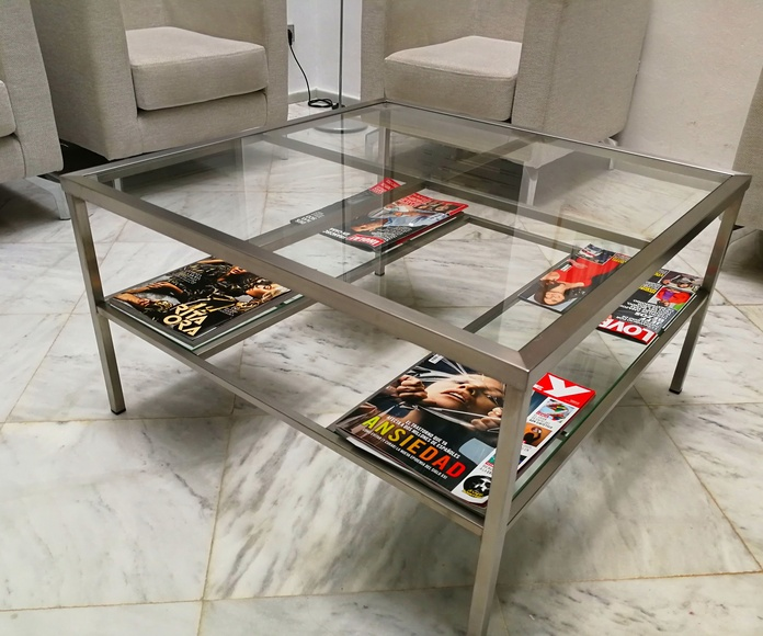 Mesa de acero inoxidable a medida de diseño por encargo.