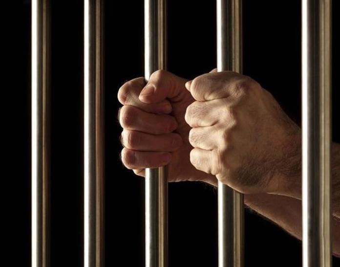 Derecho penal : Servicios  de Arnáiz Abogados