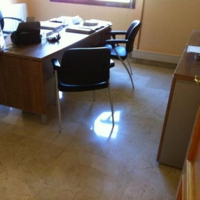 Contratar empresa de limpieza de oficinas
