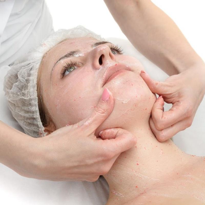 Masajes faciales: Tratamientos de Centro de Estética Maeve