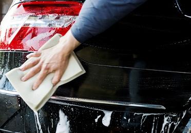 Lavado exterior e interior a mano