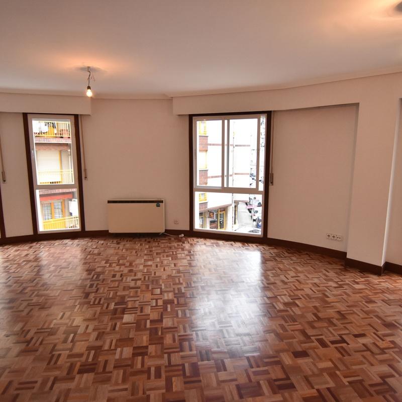 Alquiler de pisos en Eibar: Venta y alquiler de Aukera Inmobiliaria
