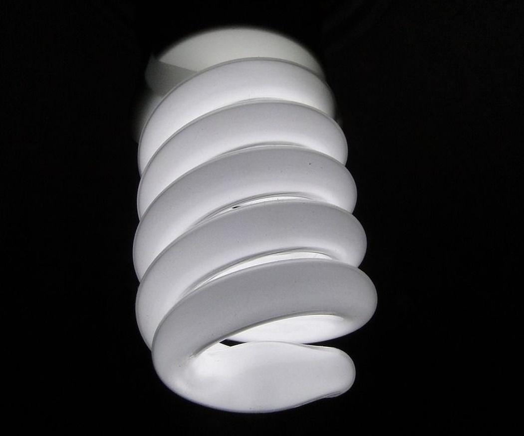 Bombillas LED versus bombillas de bajo consumo