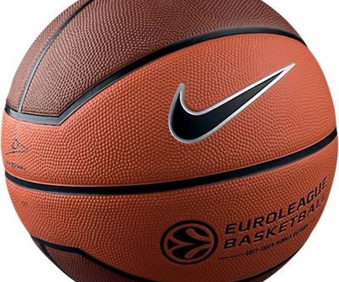 Balones y zapatillas: Catálogo de Zona Sport