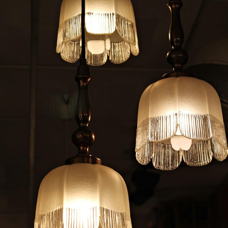 Lámpara años 80 de inspiración clásica: Artículos  de Ruzafa Vintage