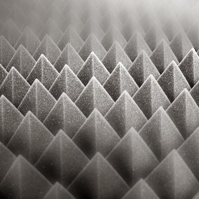 Espuma piramidal: Catálogo de Contracolados Garce, S.L.