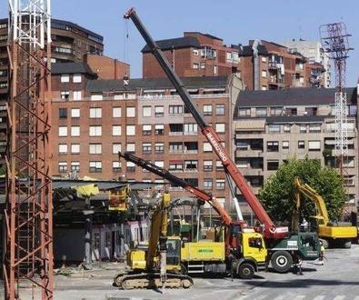 Las excavadoras ya han iniciado el derribo de la estación de Termibus