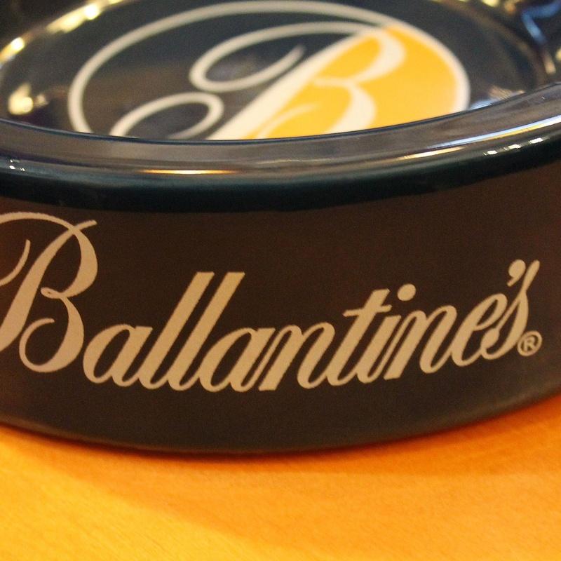 cenicero BALLANTINES: Artículos  de Ruzafa Vintage