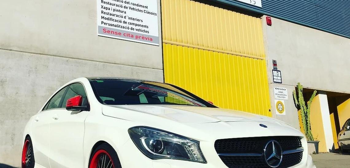Talleres de chapa y pintura en Vallirana para coches deportivos