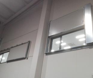 Puertas y ventanas cortafuegos contra incendios en Santander