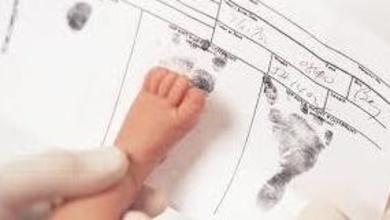Justicia se compromete a adecuar la legislación para facilitar la inscripción de niños nacidos en el
