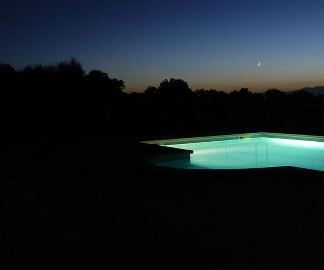 ¿Qué tipos de luces led podemos utilizar en nuestra piscina?