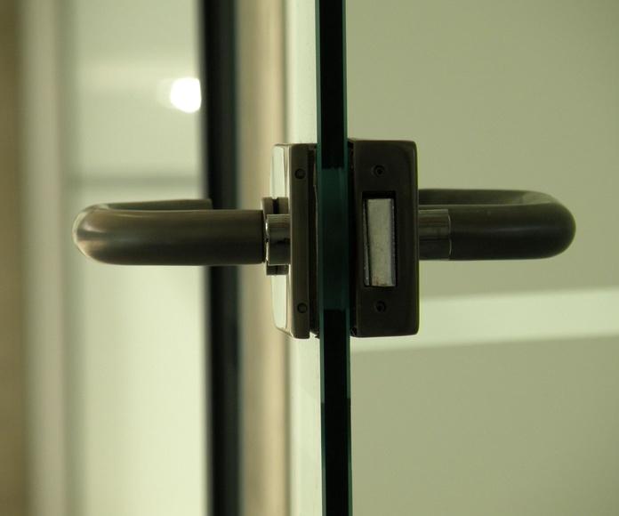 Cerraduras puertas de cristal. Cristalera Madrieña