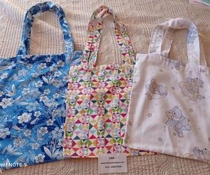 Bolsas de tela confeccionadas con tejido de loneta. Hechas a mano.