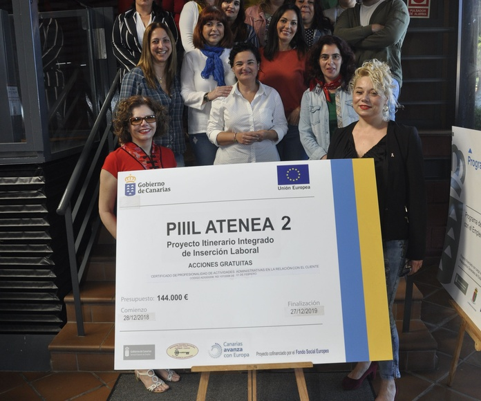 FOTOS ALUMNADO PIIIL ATENEA 2: Proyectos y Servicios de Asociación Domitila