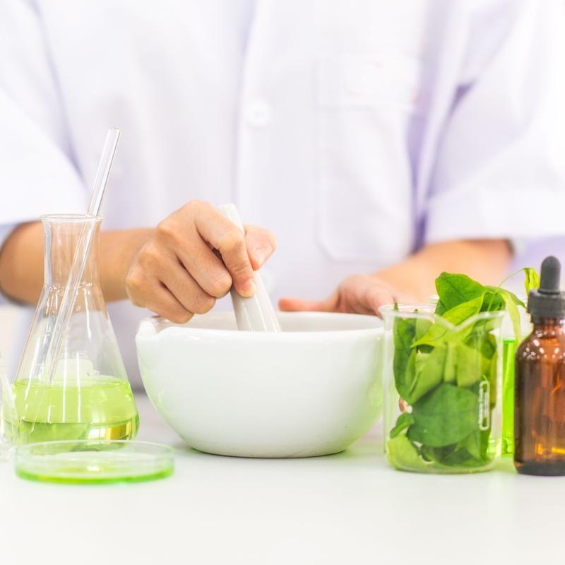 Formulación magistral: Productos y servicios de Farmacia Los Soportales