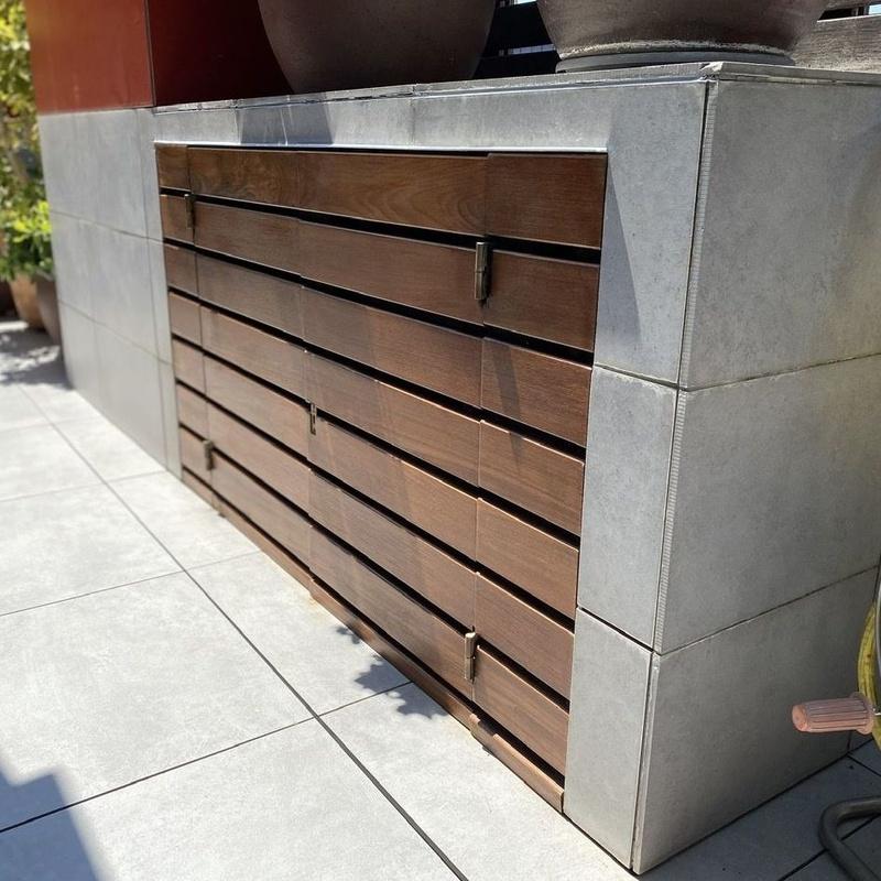 Armario de terraza, restaurado