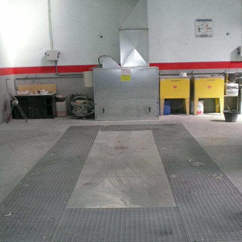 Puestos de lijado: Servicios de taller de Talleres Sanburauto