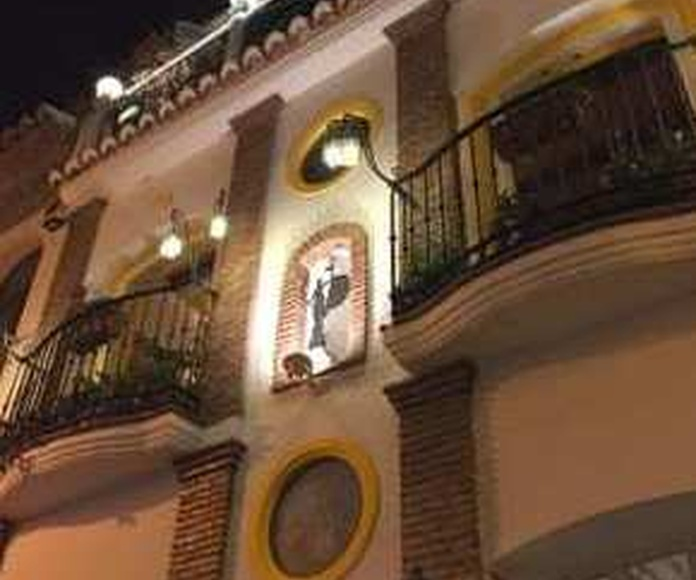 LA TASQUITA TERRACE. Having some tapas in La Tasquita del Sevillano with the best views is now posible.