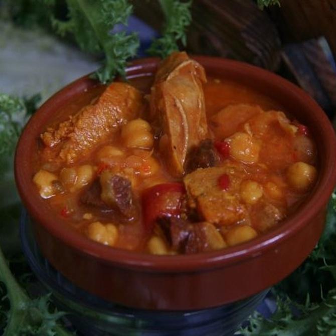 Descubre la escudella i carn d'olla, un plato que encanta a todo el mundo