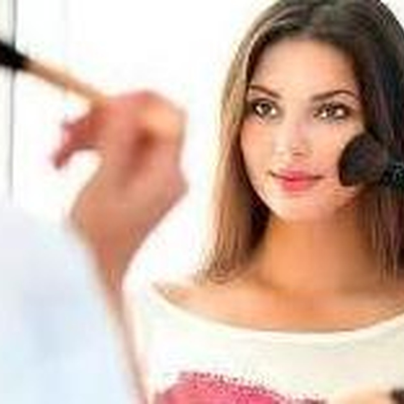 Automaquillaje a domicilio: Servicios de Beauty Channel