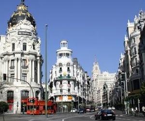 Servicio con Origén y Destino al Aeropuerto de Madrid dentro de calle M-30.